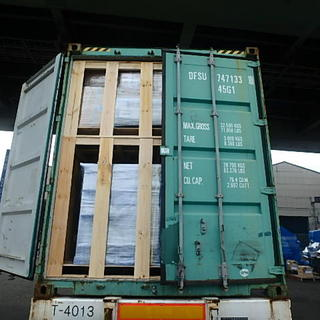 木箱のバンニング☆彡  家具の輸出‼
