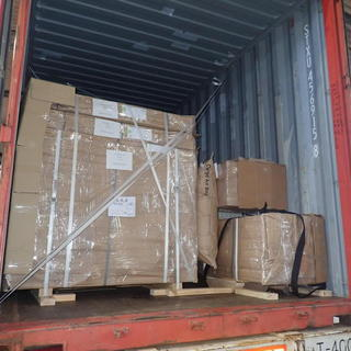 大型移動式ラックの輸出梱包☆彡 モンゴル実習生‼
