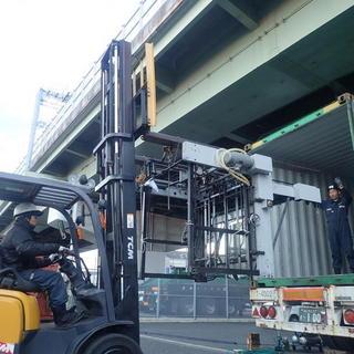 印刷機械のバンニング☆彡 24tリフト使用‼