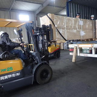 大型移動式ラックの輸出梱包☆彡 工業包装技能士‼